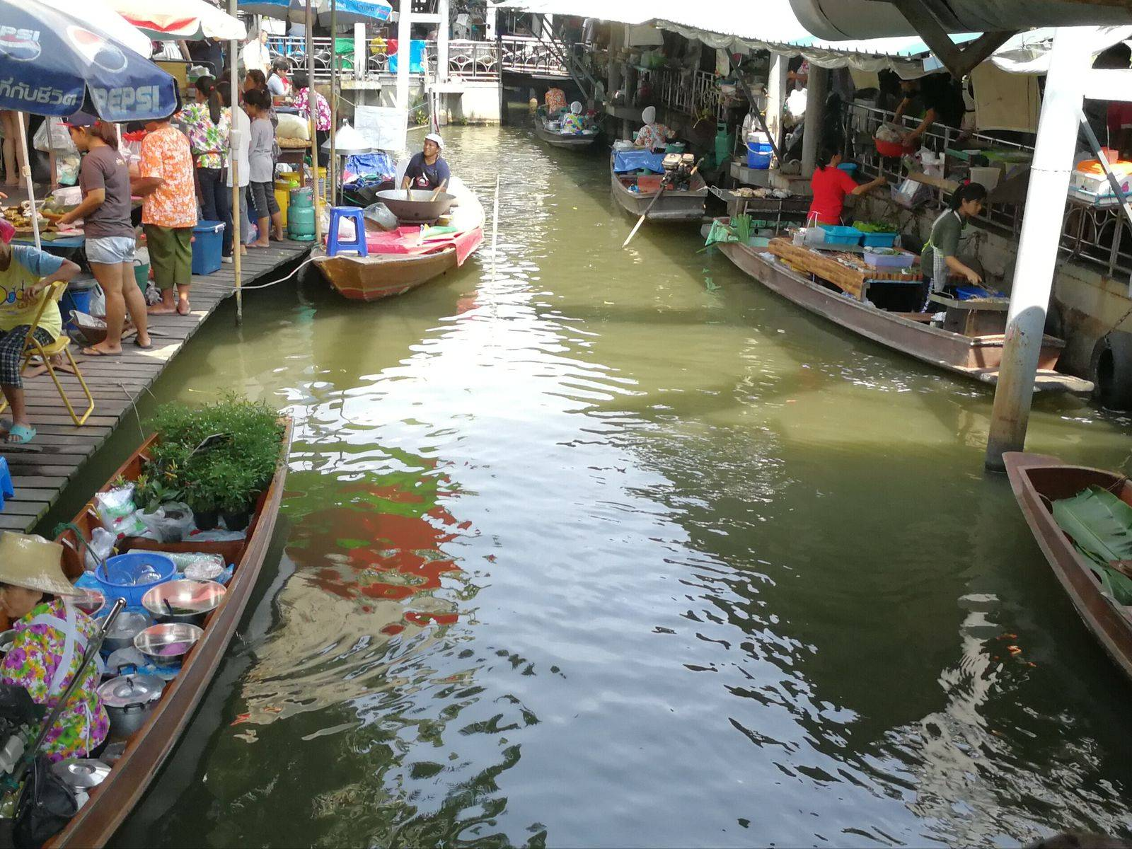 Half day trip to Taling Chan Floating Market