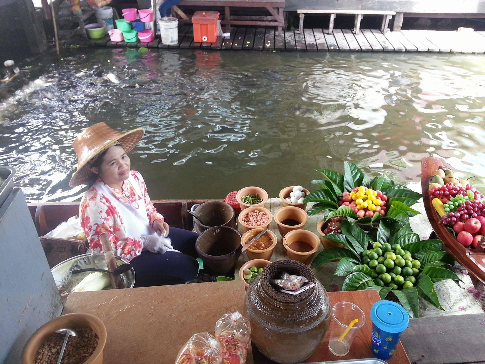 Bangkok Temple & Floating Market Tour