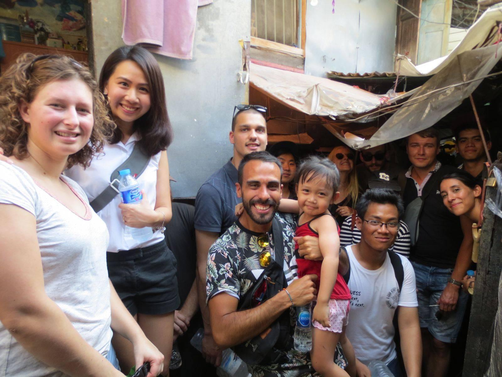 Explore Monk Bowl Village (Baan Bat) and Rattanakosin island