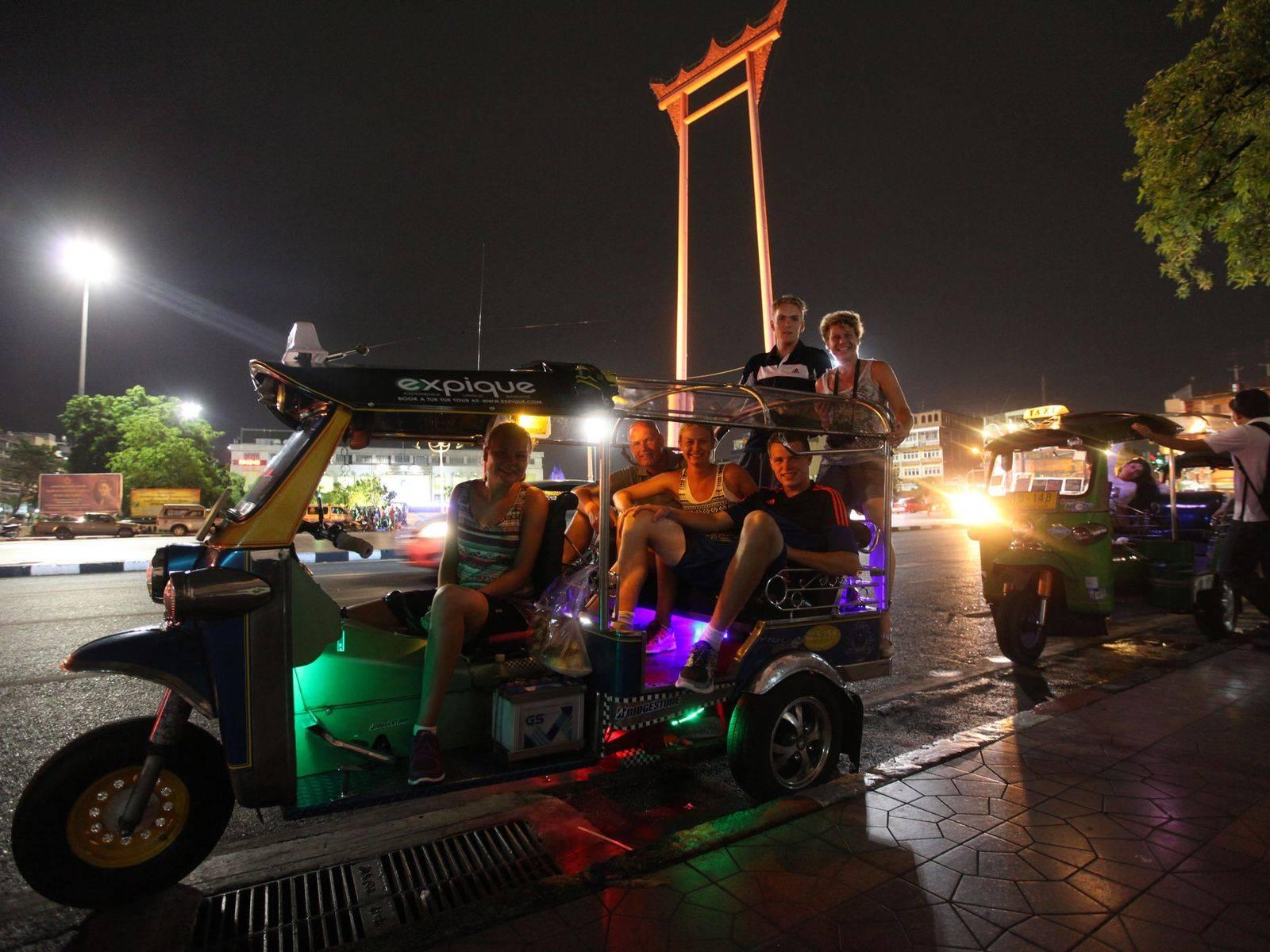 [Joined Tour] Take an Evening Tuk Tuk Tour and See Bangkok at Night