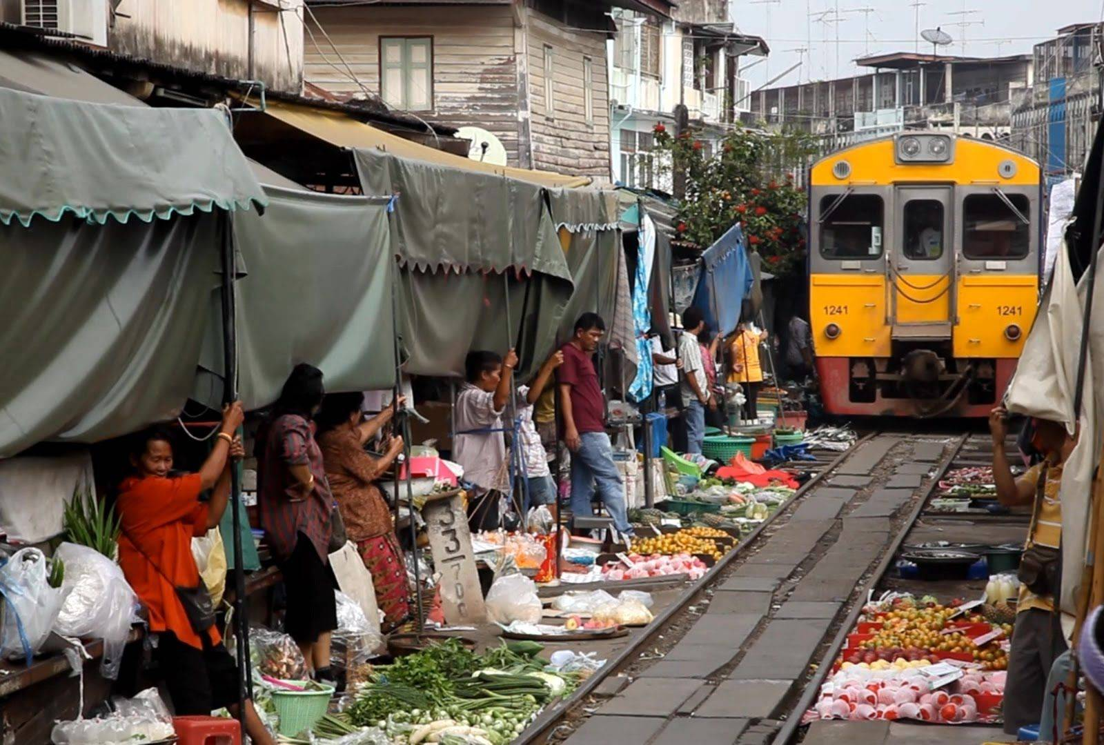 Explore Amphawa, Railway Market and The Bangkok Seaview  Restaurant