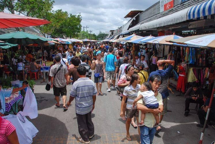 Chatuchak Park and Market Tour