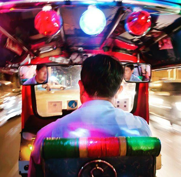 Explore amazing sights and try delicious Thai food - BY TUK-TUK!