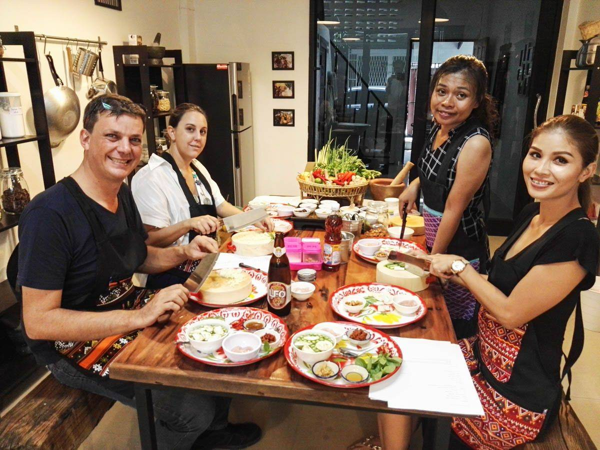 [Joined] Half-day Authentic Thai Cooking Class with Pimmy (Morning)