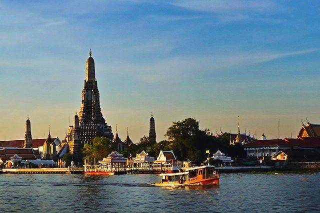 A Complete Weekend in Bangkok (JJ Market, Boat Ride, Rattanakosin Exhibition, & Fun Nightlife)