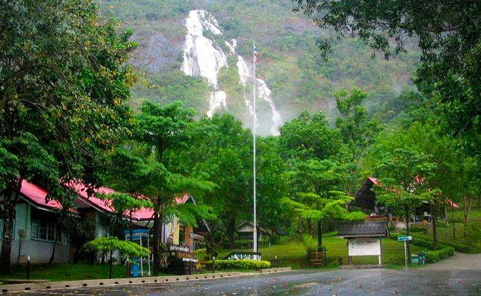 Discover Punyaban Waterfalls & Seafood - The Local Beauty