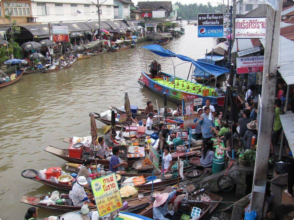 Unseen Mae Klong Railway Market and Amphawa Floating Market
