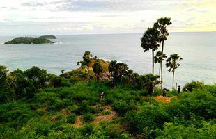 Beauty & the beaches with local Phuketian