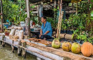 Explore a Scenic Thai Town - Amphawa Floating Market Tour