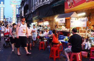 See Yaowaraj, Bangkok's Chinatown, on This Food Tour