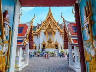 Temple Tour : highlight of Bangkok and private Long Tail Boat