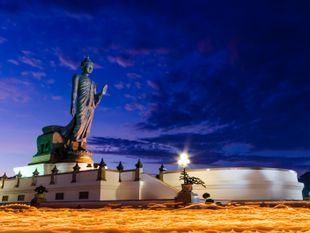 Tall & Glorious Temples and Buddhas
