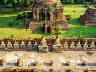 Exploring the ancient capital Ayutthaya in a day