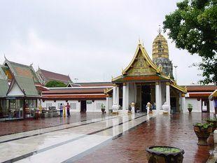 The beautiful Buddha Statue and ancient art.