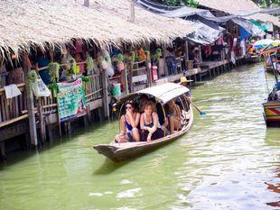 Khlong Lat Mayom Floating Market Tour