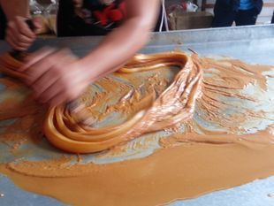 Bang Pa-in, town visit and Roti-Sai-Mai Demonstration (Thai Traditional Cotton Candy Crepe)