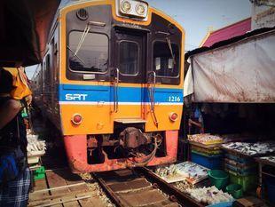 Live Local - See Mae Klong & Amphawa Floating Market