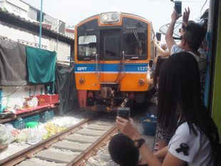 Umbrella Railway Market & Amphawa Floating Market