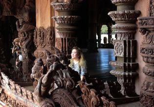 Take awesome photos at Sanctuary of Truth