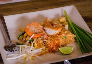 Cooking Class with a Pad Thai Restaurant Owner!