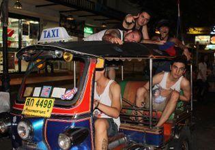 One Night In Bangkok : Khao San Road