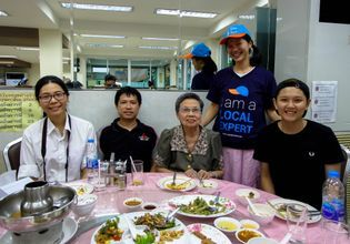 Thai Vegetarian Food Tour in Bangkok