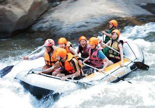 Rafting in Mae Tang