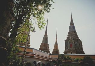 Strolling along and Chillaxing in Rattanakosin Island by TukTuk