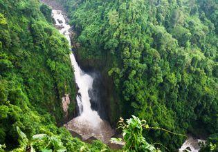 Haew Nerok Waterfall