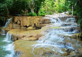 Exceptional waterfall and mysterious cave in Lampang