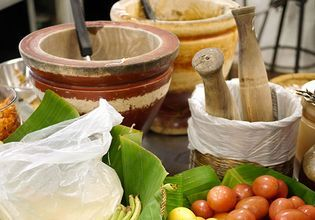 Historic Bang Rak Food Tasting and Cultural Tour