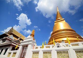 Visit 9 Must-See Temples around Rattanakosin Island