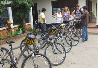 A Half-Day Cycling Tour in Chiang Mai