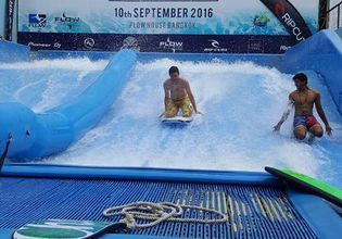 Escape the heat in Bangkok by surfing in the city