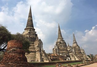 The 3 stupas at Wat Pra Sri San Phet