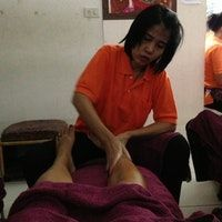 Thai massage or foot massage good after too full of food