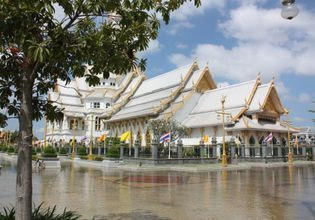 Explore Chachoengsao and Famous Temples