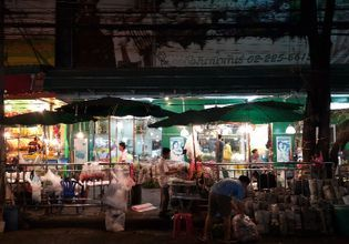 Food & Market Tour | See Bangkok Night Life by Tuk Tuk