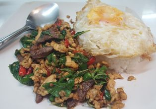 Not only northern food, we can also show you how to cooked signature Thai food if you want.