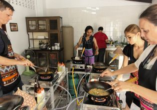 [Joined] Half-day Authentic Thai Cooking Class with Pimmy (Afternoon)