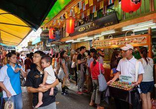 Amazing Bangkok Temples and Eating Trip