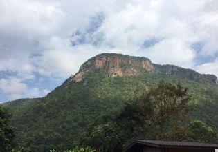 Outdoor Climbing in Chiang Dao