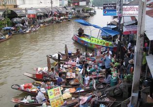 Local Food at Amphawa Floating Market