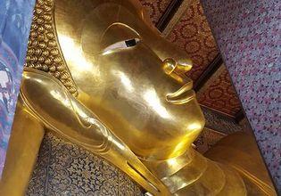 The Grand Palace Emerald Buddha, Wat Pho + Wat Arun (TukTuk and The boat)
