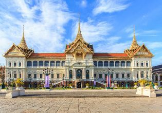 Discover Bangkok City Tour on Boat & Tuk Tuk !