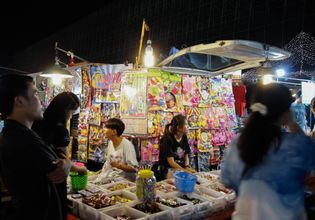 Try Street Food & Local Shopping at Train Market