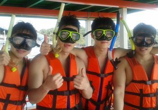 Enjoy your day snorkeling