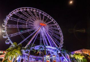 Nightlife in Asiatique the Riverfront