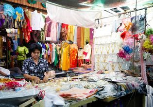 Inside the Fabric Market
