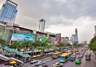 Let's hang out and explore downtown of Bangkok